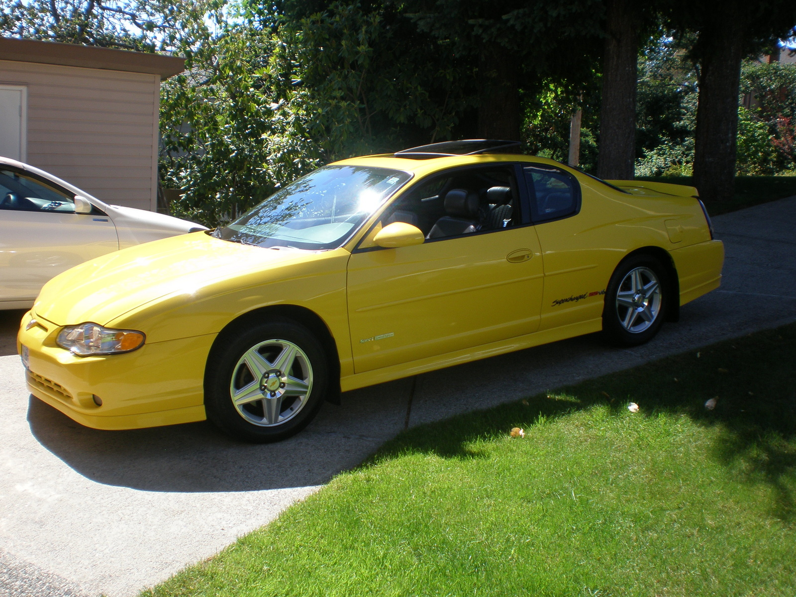 Corvette Yellow 2004 Chevy Monte Carlo SS Supercharged 240 HP 3.8 Liter V-6.