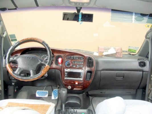 Picture of 1998 Hyundai Galloper, interior