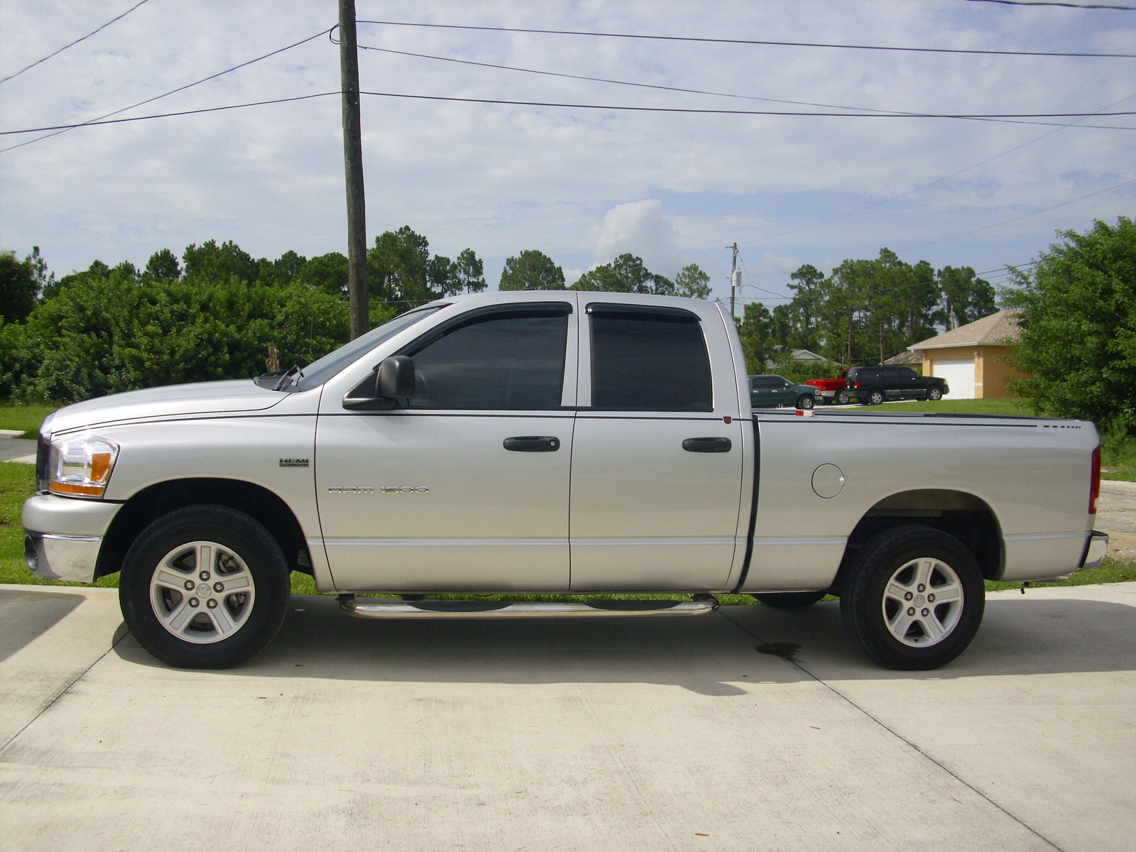 picture of 2006 dodge ram pickup 1500 slt quad cab sb exterior. Black Bedroom Furniture Sets. Home Design Ideas