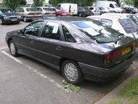 1995 Renault Safrane Overview