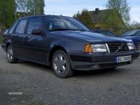 1989 Volvo 440 Overview