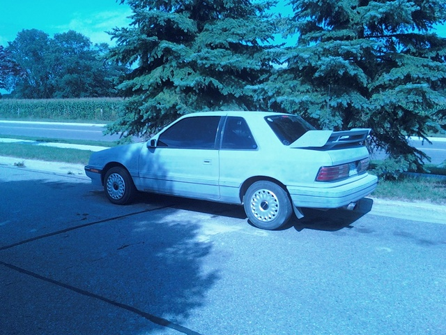 Picture of 1992 Plymouth Sundance 2 Dr America Hatchback