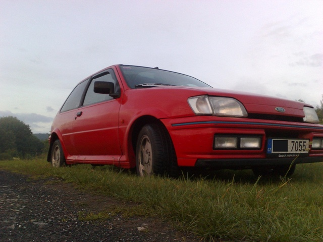Picture of 1990 Ford Fiesta