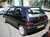 1994 Renault Clio Overview
