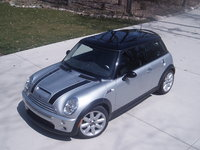 2003 MINI Cooper Picture Gallery