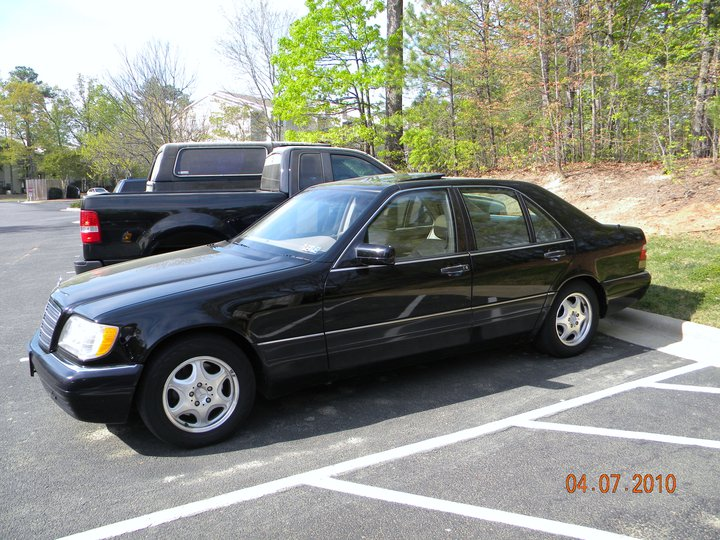 1999 Mercedes-Benz S-Class 4 Dr S320 SWB Sedan picture, exterior