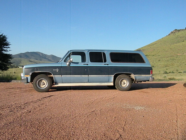 Picture of 1986 Chevrolet Suburban, exterior, gallery_worthy