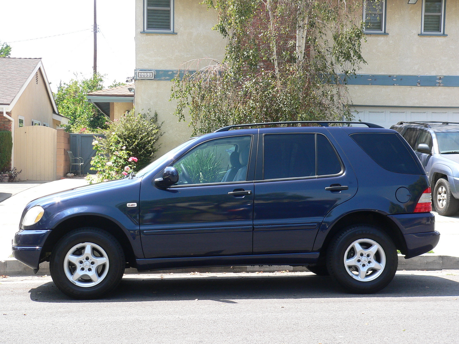Picture of 2000 mercedes benz m class ml320 exterior for Mercedes benz ml320 suv