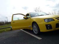 2005 MG ZR Picture Gallery