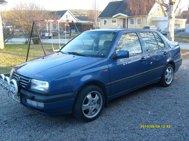 Picture of 1997 Volkswagen Vento