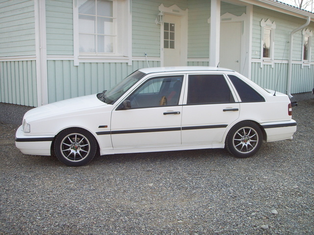 Picture of 1995 Volvo 440, exterior