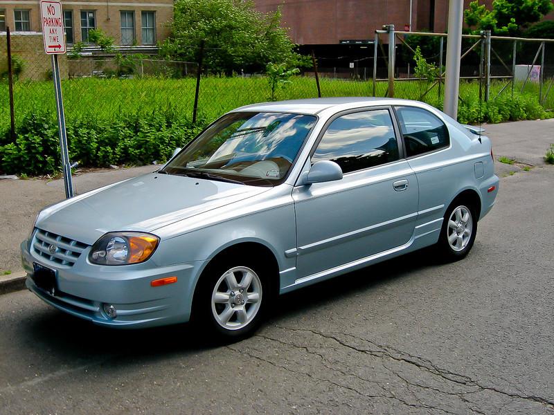 2004 Hyundai Accent Pictures Cargurus