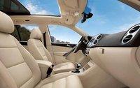 2011 Volkswagen Tiguan, Interior View, interior, manufacturer