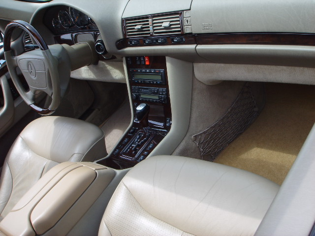 1999 Mercedes-Benz S-Class 4 Dr S500 Sedan picture, interior