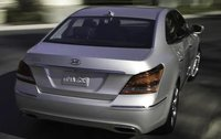 2011 Hyundai Equus, Back View, exterior, manufacturer