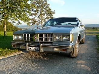 1981 Oldsmobile Ninety-Eight, von vorn sieht supper aus mit viel chrom , exterior, gallery_worthy