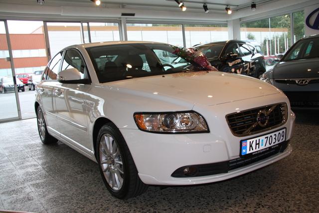 Jeg får ikke valgt 2011-modell, men det er det denne bilen er :-)