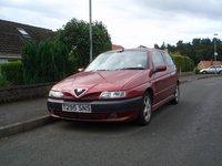 1999 Alfa Romeo 145 Picture Gallery
