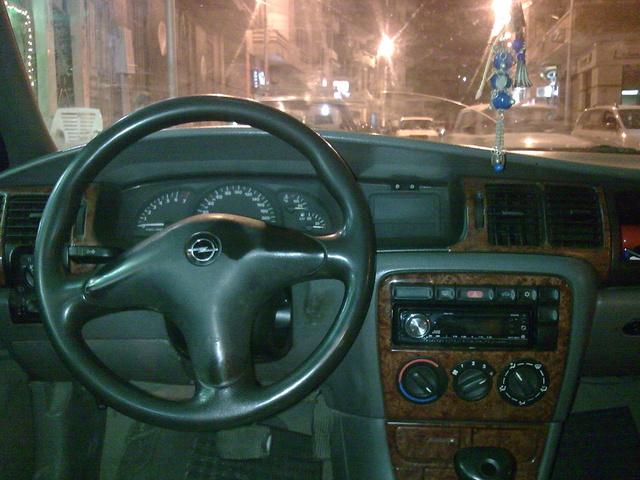 1997 Opel Vectra - Interior Pictures - CarGurus