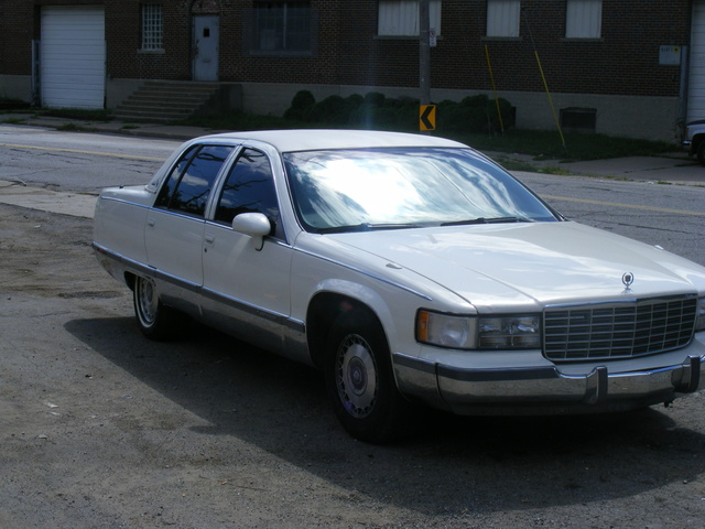 Picture of 1991 Cadillac Fleetwood
