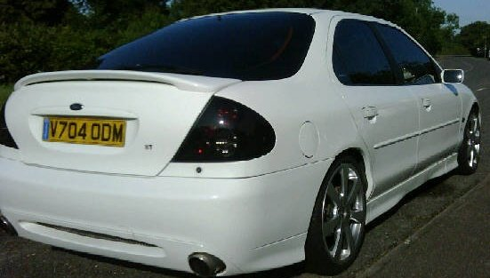 Ford Mondeo St. 1999 Ford Mondeo ST200 picture