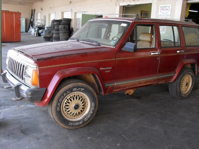Picture of 1986 Jeep Cherokee
