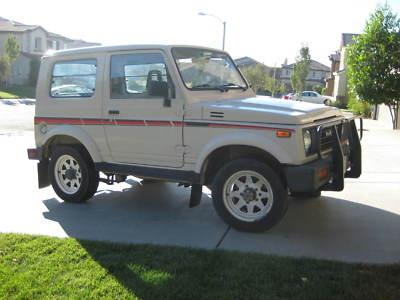 Picture of 1990 Suzuki Samurai