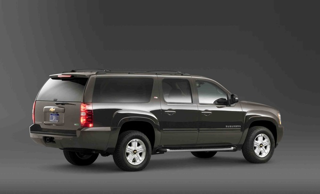2011 chevrolet suburban overview review cargurus. Black Bedroom Furniture Sets. Home Design Ideas