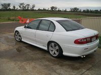 Picture of 2002 Holden Commodore, exterior