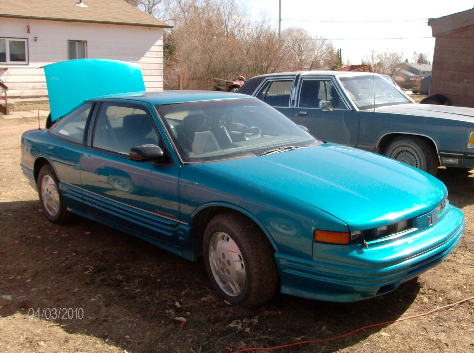 1994 Oldsmobile Cutlass Supreme 2 Dr Special Edition Coupe picture, exterior