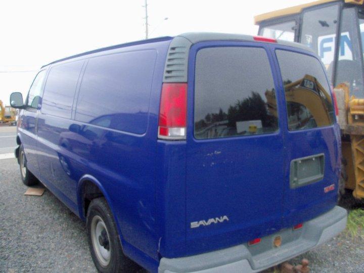 1999 Gmc Savana Van. 1998 GMC Savana Cargo 3 Dr