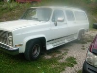 1990 Chevrolet Suburban Picture Gallery