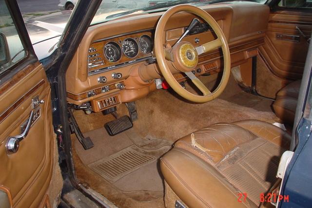 Jeep Wagoneer Pic X