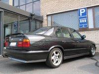 1993 BMW M5 Base, Hippi- parkki, exterior