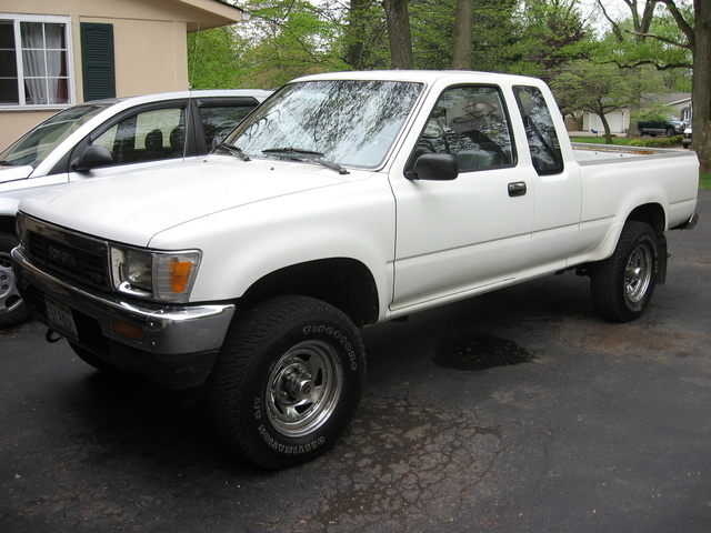 Picture of 1991 Toyota Hilux