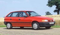 1994 Vauxhall Astra Overview