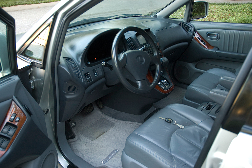 Lexus Is 300 Interior. Picture of 2000 Lexus RX 300