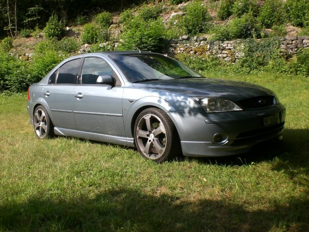 2001 Ford Mondeo, Mondeo MK3 2.5i V6 24V Giha Ronal R47 8x18 Avon ZZ-3