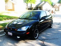 2004 Ford Focus ZX3, New rims!!!!! now it looks sexxayy!, exterior