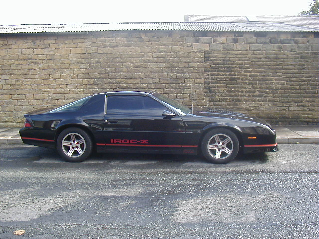 1987 chevrolet camaro iroc z specifications information. Black Bedroom Furniture Sets. Home Design Ideas