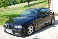 1994 BMW 3 Series 318i picture, exterior