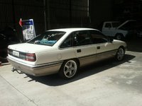 Picture of 1989 Holden Calais, exterior