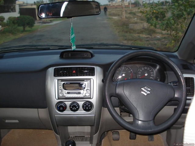 Picture of 2007 Suzuki Liana, interior, gallery_worthy