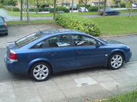 2003 Vauxhall Vectra Overview
