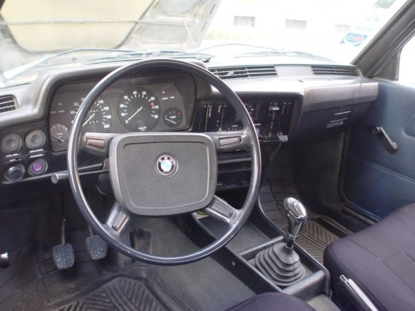 1976 BMW 3 Series 320i picture, interior