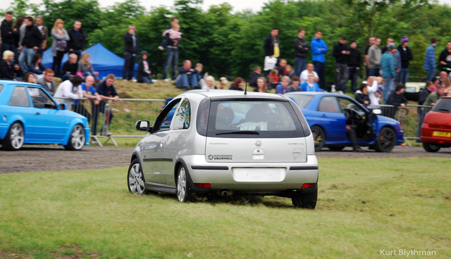 Picture of 2003 Vauxhall Corsa