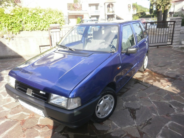 Picture of 1998 FIAT Uno