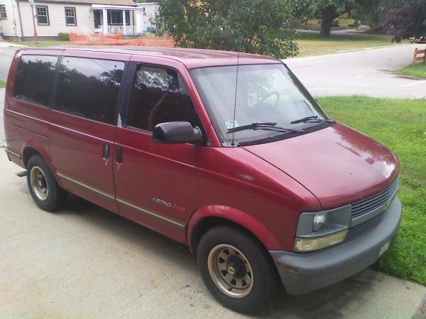 my first car!!!!!!!!!! 95 chevy astro van