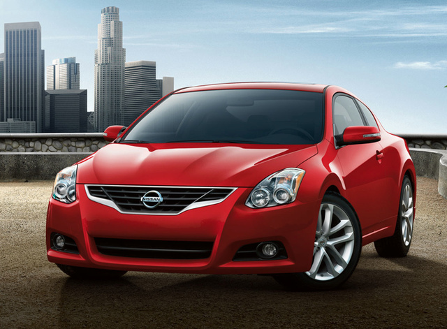 2011 nissan altima coupe overview cargurus. Black Bedroom Furniture Sets. Home Design Ideas