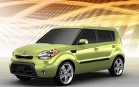 2011 Kia Soul, front three quarter view , exterior, manufacturer